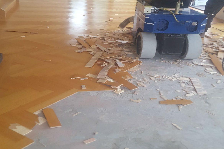 Populair Parketvloer hersteld welke beschadigd was door lekkage door ZI34